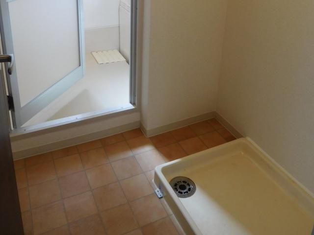 浴室と洗濯機の設置場所