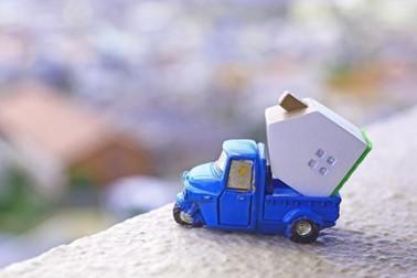 トラック 家